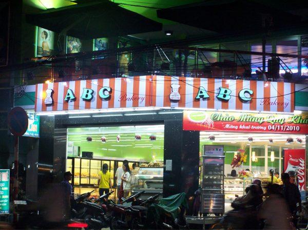 cửa hàng bánh trung thu abc