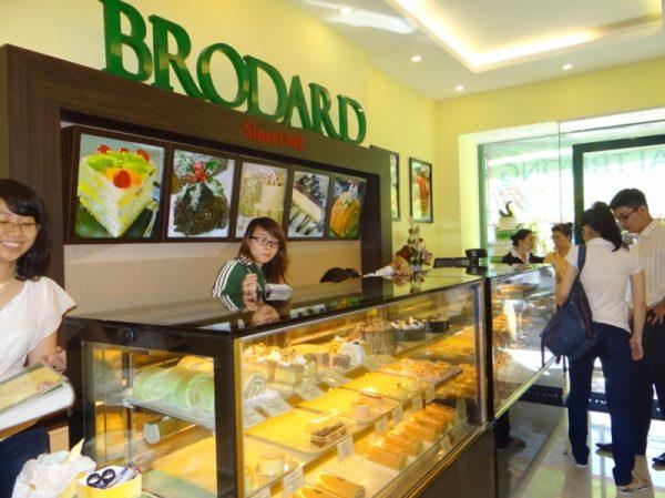 cửa hàng bánh trung thu brodard