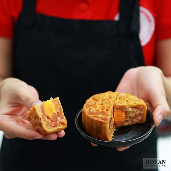 ăn bánh trung thu